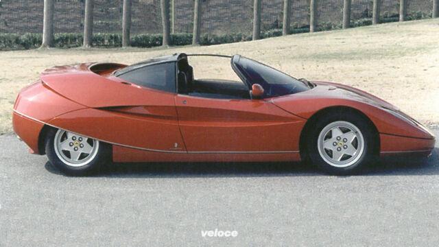 Quella nera dozzina a base di ellissi e Ferrari