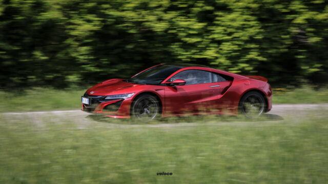 Honda NSX: un'ode alla tecnologia