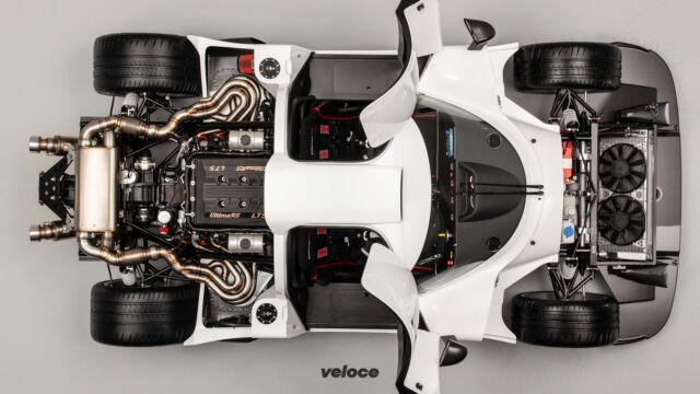 Ecco la RS, l'auto tutta analogica per chi ama le sfide