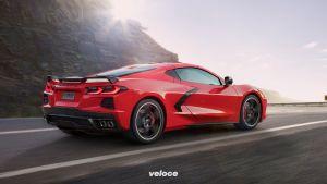 2020-Chevrolet-Corvette-Stingray-002