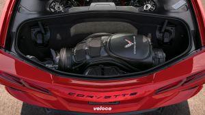 2020-Chevrolet-Corvette-Stingray-011