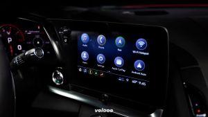 2020-Chevrolet-Corvette-Stingray-013
