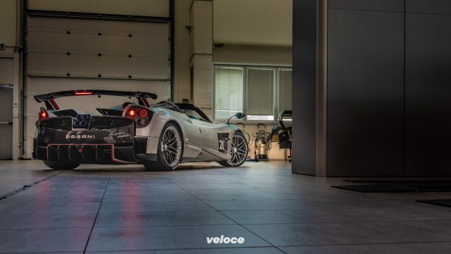 Pagani Huayra Roadster BC: per spettinarsi a 350 all'ora