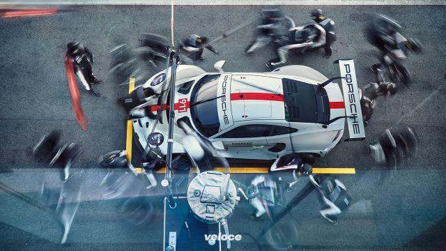 La Porsche 911 RSR 2019 sorprende tutti al FOS