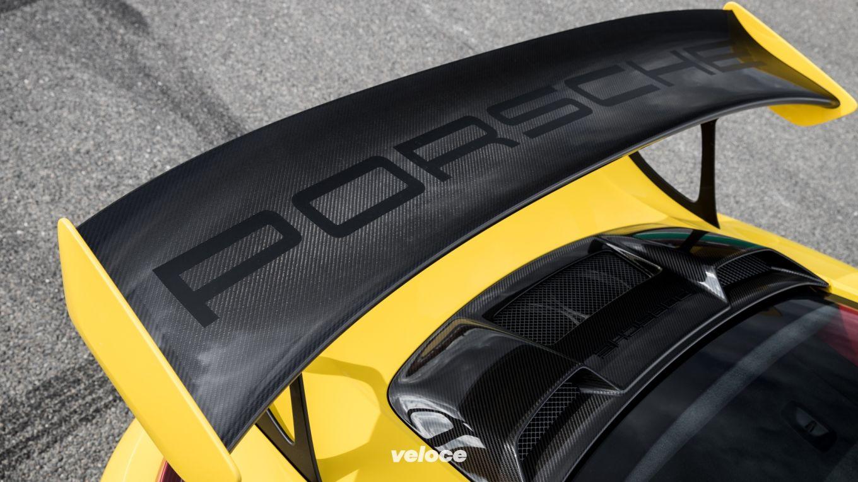 Porsche 911 GT2RS wing