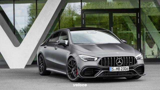 Mercedes-AMG 45: ora vanno anche di traverso