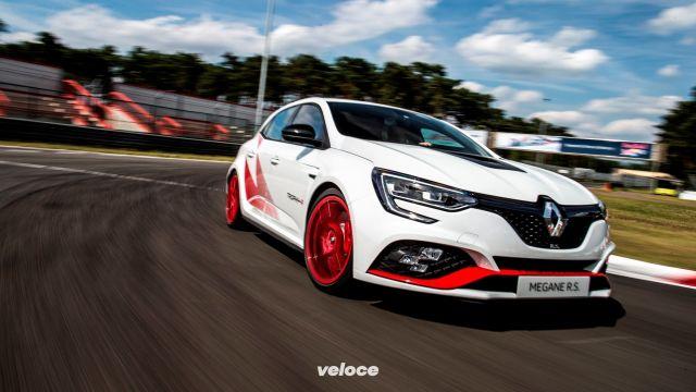 Renault Megane R.S. Trophy-R: l'hothatch da 80mila euro