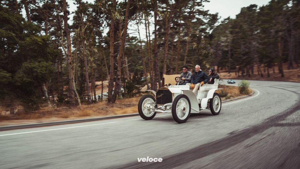 Mercedes-Simplex 40 PS aus dem Jahr 1903. Foto vom Pebble Beach Concours d'Elegance 2017.Mercedes-Simplex 40 hp from 1903. Photo from the Pebble Beach Concours d'Elegance 2017.
