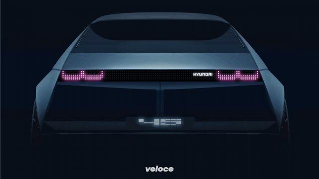 Elettrica retrò: il teaser della Hyundai『45』