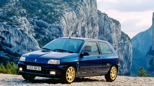 Le hot hatch degli anni 90: arriva l'epoca d'oro