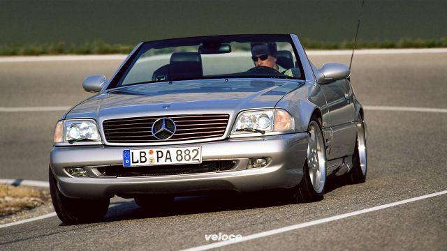 Mercedes SL R129: trentenne coi fiocchi