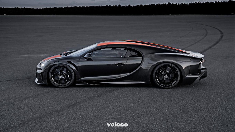 Bugatti Chiron Prototype hits 300 mph