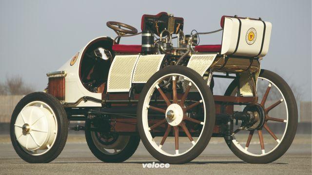 Porsche elettriche: una storia lunga 120 anni