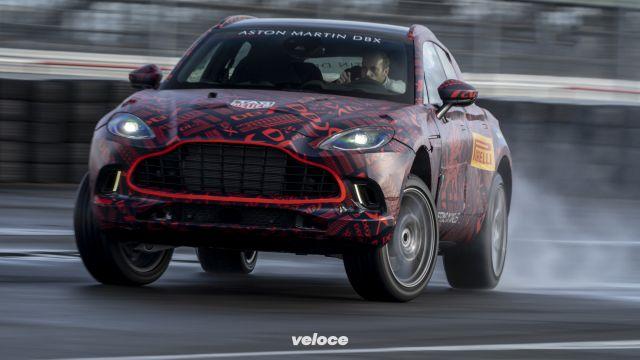 Aston Martin DBX: la suv da 550 cavalli e 300 km/h