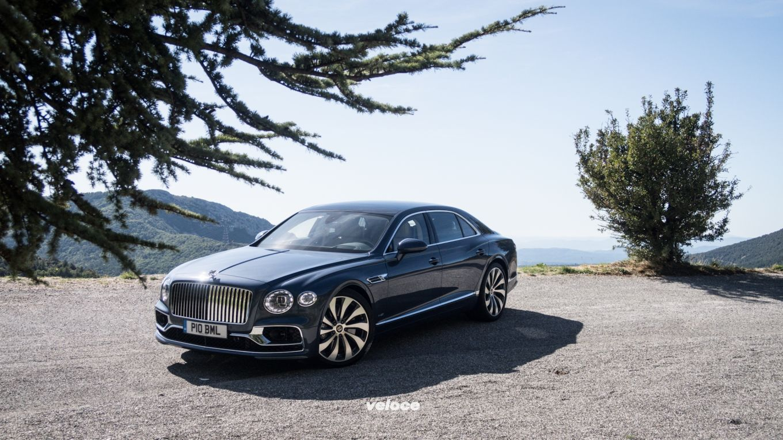 Una (nuova) Bentley Flying Spur a Montecarlo