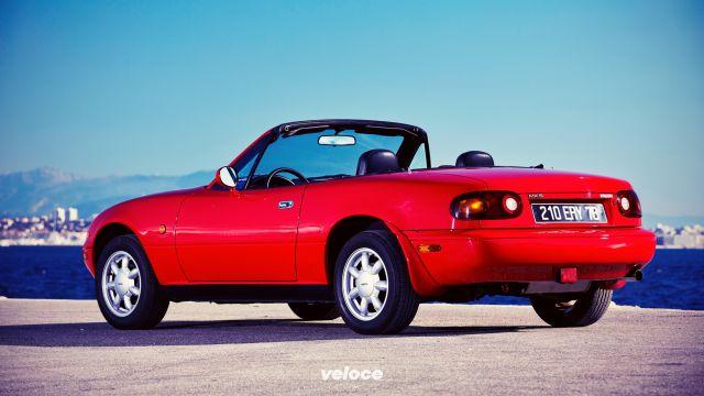 Mazda: 1100 nuovi ricambi per la prima MX-5