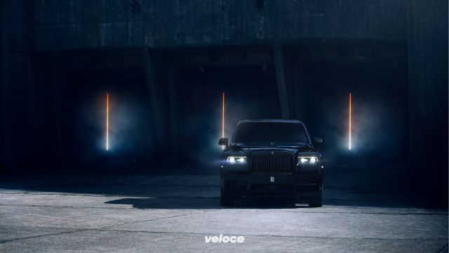 Rolls-Royce: la Cullinan diventa Black Badge
