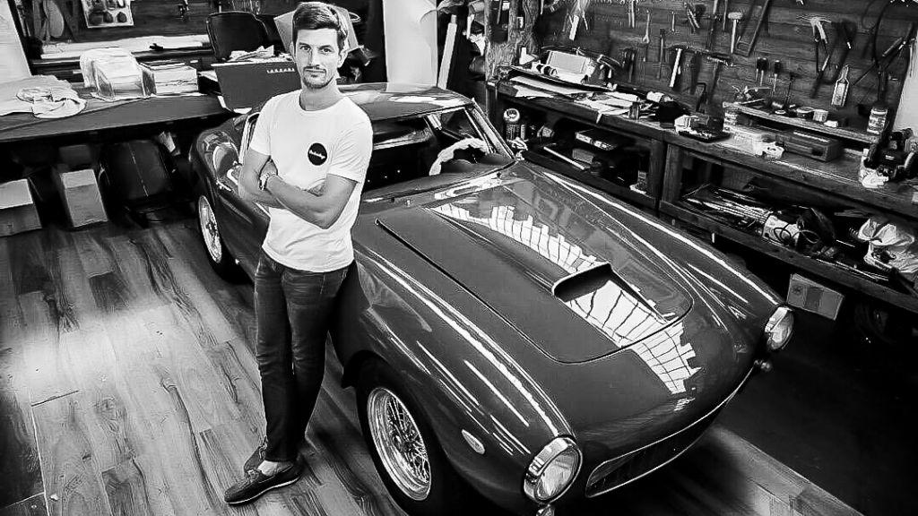 car-vintage-officine