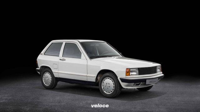 Mercedes 190 E Compact: la hatchback mai nata
