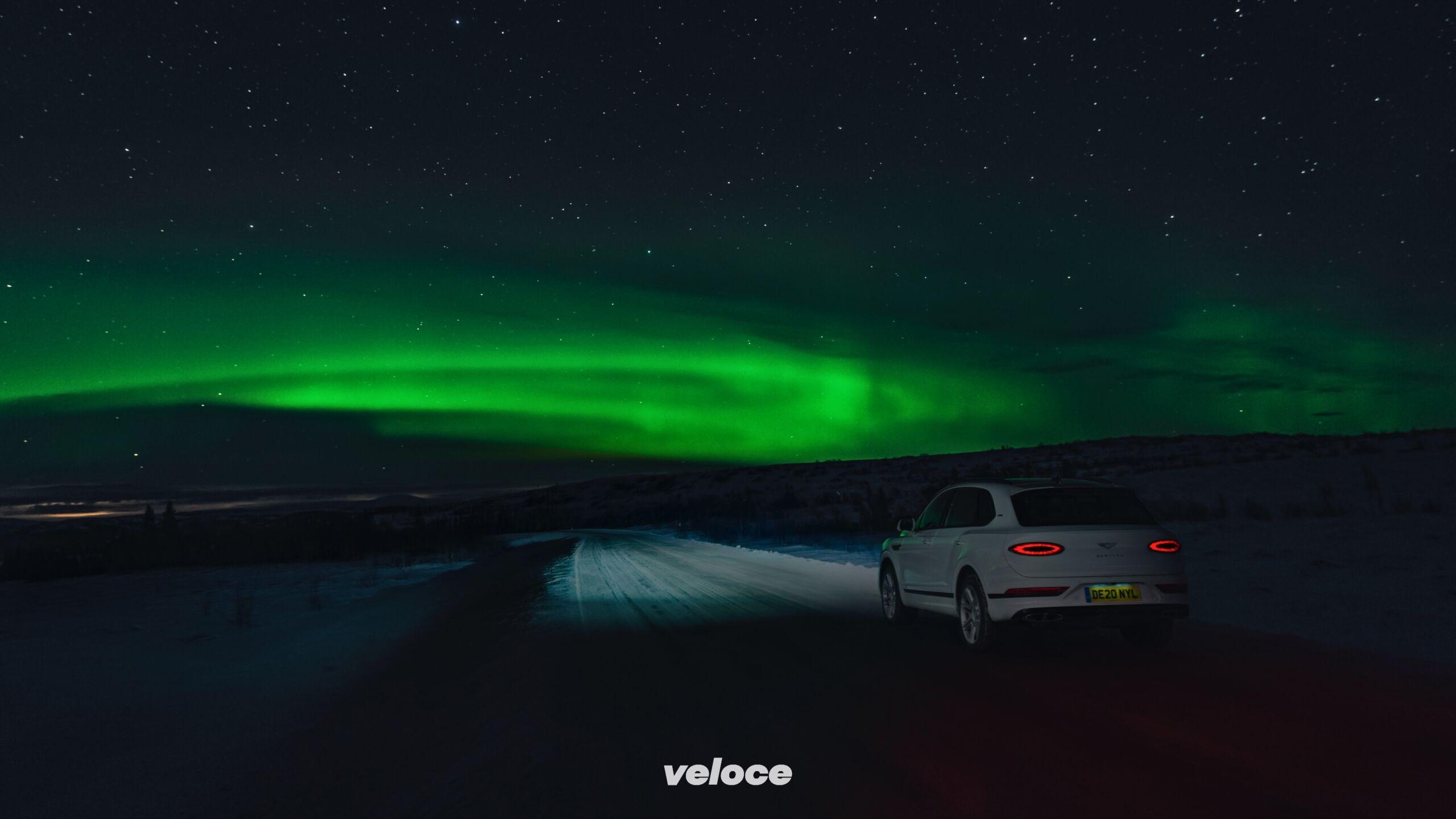 Alla ricerca dell'aurora boreale. In Bentley